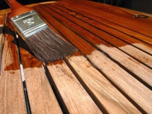 varnishes for wood