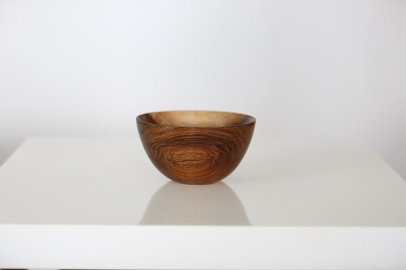 finished-wooden-olive-bowl