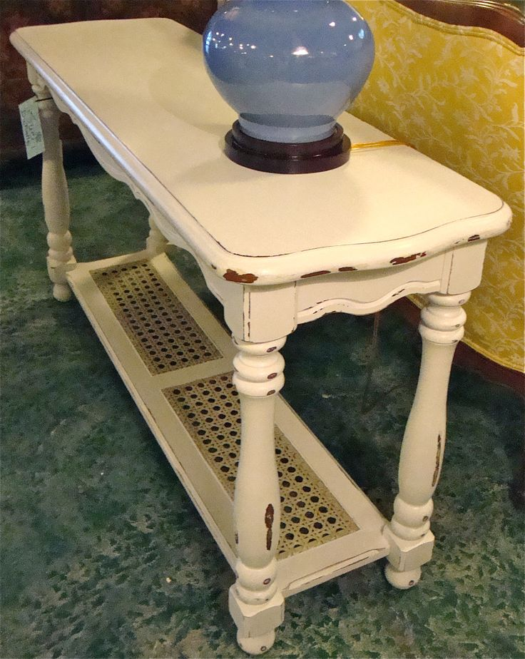 Shabby Chic furniture piece using chalk paint and fiddes wax