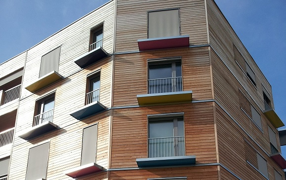Essential maintenance for timber cladding for Decor cladding direct