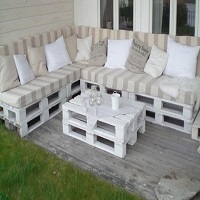 pallet recycling from s heap to furniture on the cheap - Garden Furniture Out Of Pallets