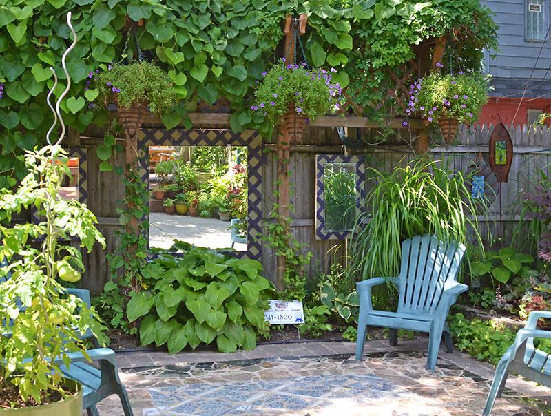 Mirrors In The Garden Gardenwalkgardentalk Com Wood