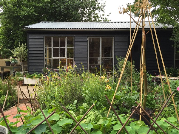 garden-shed-designed-and-built-by-andrew