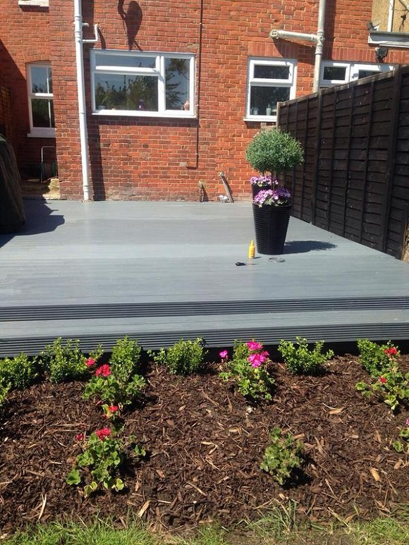 decking-treated-with-ronseal-ultimate-decking-stain