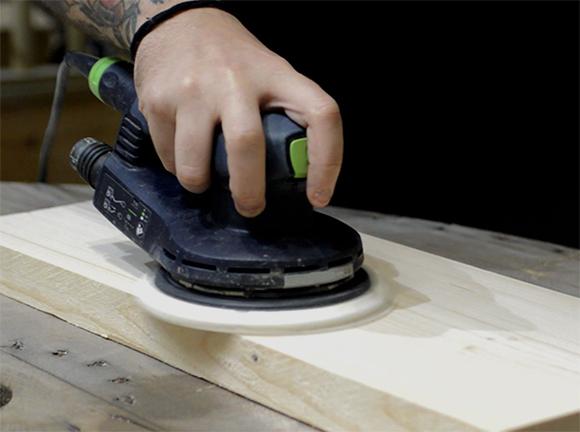 sanding-wood-correctly