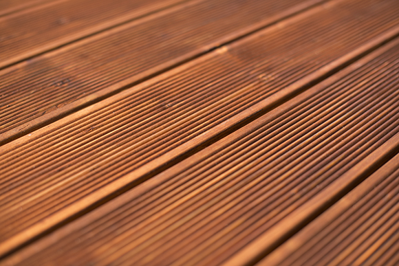 garden-decking-maintenance