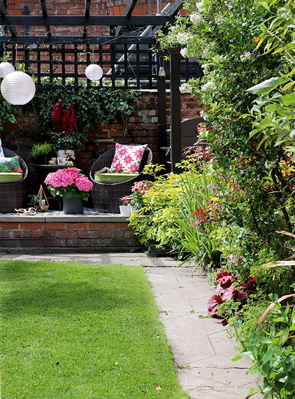 clear-and-tidy-garden-tips