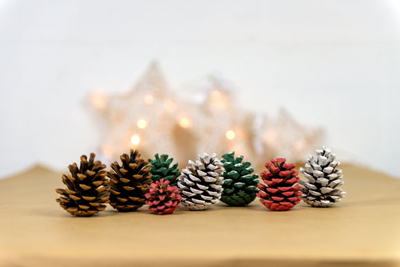 painted-pine-cones