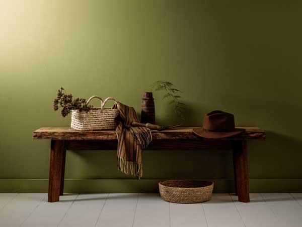artisan-bench