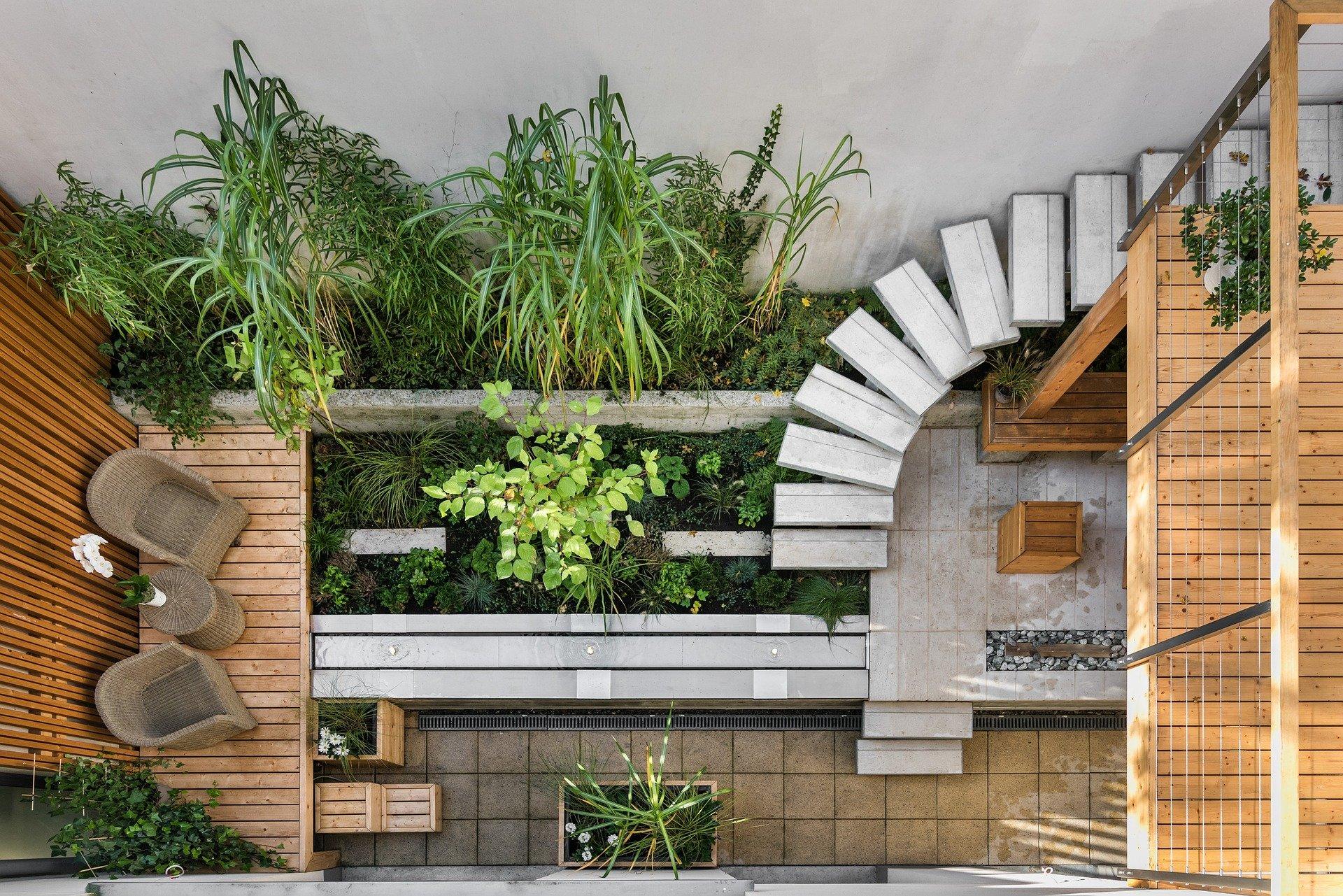 eco-friendly-wooden-garden