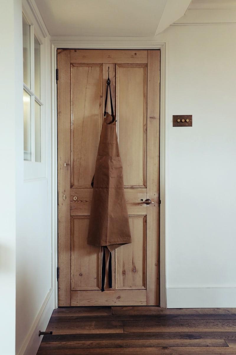 door-apron