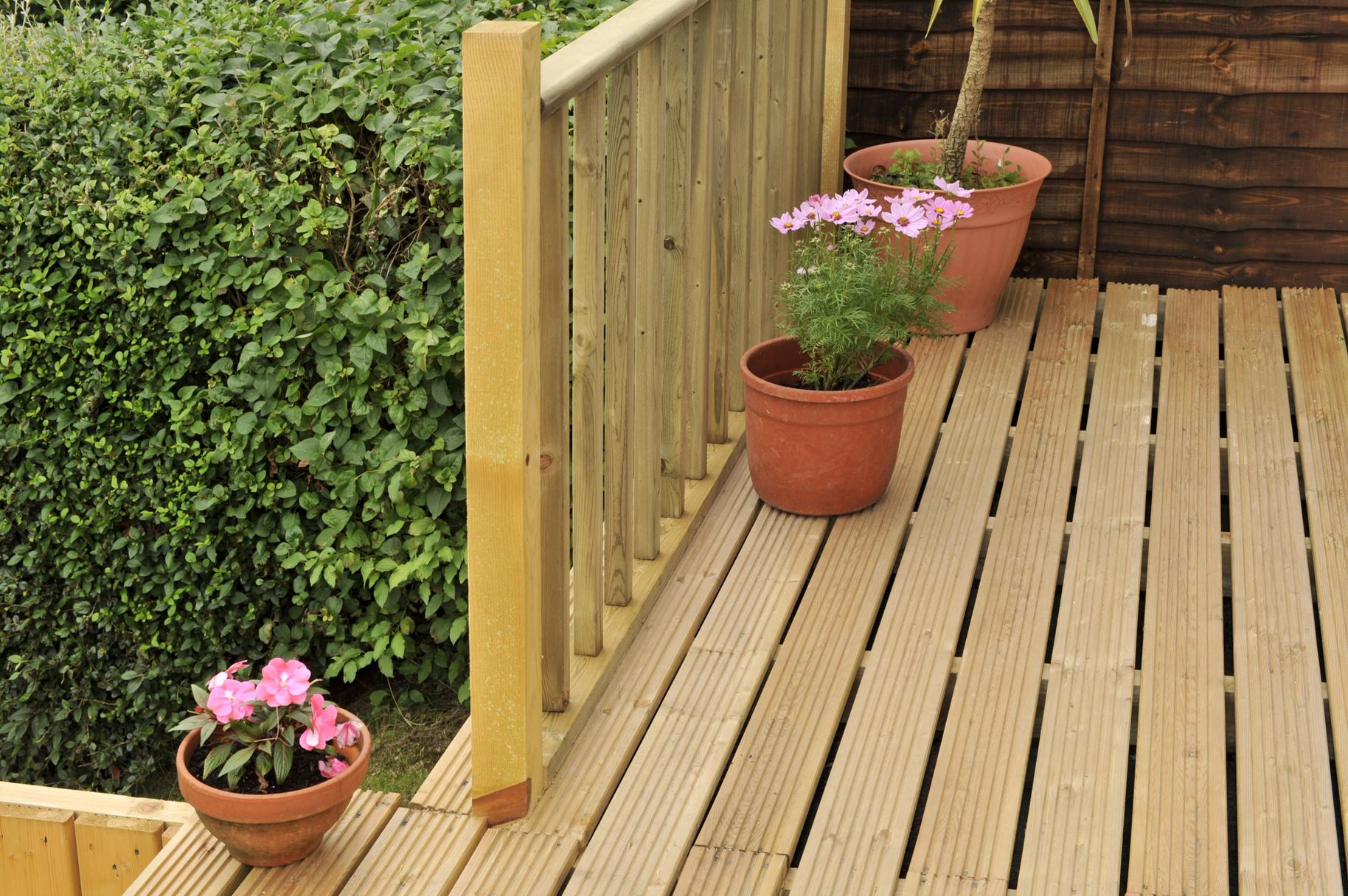 grooved-decking